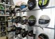 abbigliamento-caschi-accessori-moto-passione-2-ruote-catania-02.JPG
